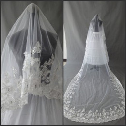 Wholesale Luxury White Ivory Layers Meters Bridal Veils With Appliques Lace Edge Sequins Crystals Tulle For Cathedral Beach Wedding Dresses Gown