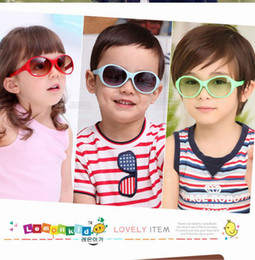 Wholesale 2013 Kids Sunglasses Crystal Flower Children UV Sunglasses High Quality Sunglasses Boys amp Girls styles