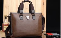 Sac d'affaires en Ligne-Homme d'affaires Porte-documents épaule sac fourre-tout en cuir PU Café 2013 l'arrivée de nouveaux 1PCS Lot Livraison gratuite 0619B19