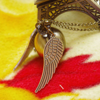 Wholesale Harry Potter Retro Golden Snitch Pocket Watch Necklace Chain with silver wings D094