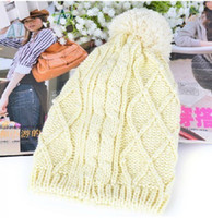 Wholesale 4 Colors Fashion Lady Girl Knitted Pearl Wool Twist Pearl Warm Hat