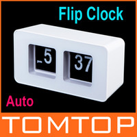 Cheap White Retro Auto Flip Clock File Down Page Clocks Classic Stylish Modern Desk Table Clock Free Shipping H9444W