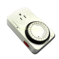 Wholesale 24 Hours Mains Programmable Timer Switch Sockets US Plug V W