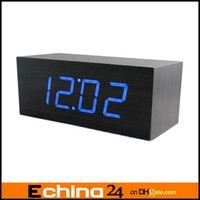 Wholesale LED Maple Wooden Wood USB AAA Digital Desktop Timer Alarm Clock VOICE Sound Activated Clock