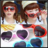 Wholesale Heart shaped sunglasses candy colors men and women general sun glasses tide glasses