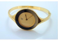 Wholesale New fashion watch gold noble women most classic import movement more color choices women watch