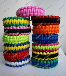 Wholesale Sale Paracord Bracelet Outdoor Bracelet Survival Escape Life saving Bracelet Handmade Bracelets Sports Bracelets Mixed Color
