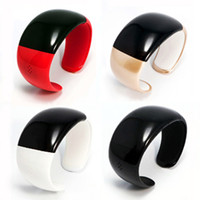 Wholesale Magic LED Time Wrist bluetooth bracelet Vibrating Bangle Speaker phone call handsfree Smart Watch