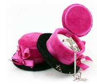 Wholesale charm velvet hat ring box Europe amorous feelings Small decorations earring pendant box pink and black