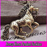 Wholesale Vintage Bronze Horse Necklaces Artilady Noble Horse Pendant Necklace Fashion Jewelry Charm Necklaces Animal Jewelry