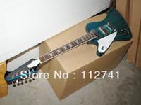 Precio de Guitarra de la mano izquierda verde-La tienda al por mayor de la mano izquierda -Custom 6 cuerdas de la guitarra eléctrica verde Thunderbid alta calidad del envío