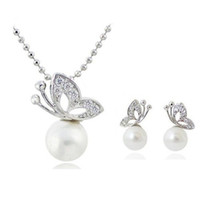 Wholesale 2013 Latest Fashion Jewelry Sets Elegant Bling Crystal Pearl Butterfly Necklace Earrings Wedding Sets Bridesmaid Jewelry sets JS061