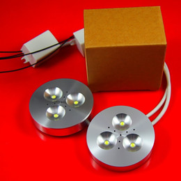 Vente en gros - Dimmable 3X3W ronde blanche Led Puck Light, Led Cabinet Down éclairage