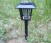 Wholesale High quality New Outdoor Garden Solar Pest Insect Bug Mosquitoes Killer Repellent Zapper Light Lamp
