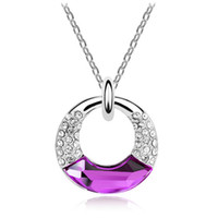 Wholesale Supply of high grade circle pendant crystal jewelry Austrian crystal necklace donuts women jewelry gifts