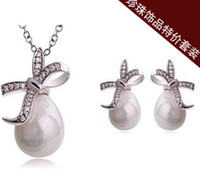 Wholesale LYC set Flash diamond bow pearl earrings necklace jewelry set