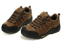 Wholesale Waterproofing professional fashion men outdoor climbing cross country shoes