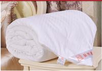 al por mayor reina edredón tamaño hecha a mano-La seda natural hecha a mano llenó el edredón de seda del edredón de la manta El edredón del otoño del resorte todos los tamaños libera el envío