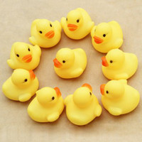 Wholesale Baby Bath Water Toy Rubber Ducks toys Sounds Yellow Duck Kids Bathe Children Swiming Beach Gifts