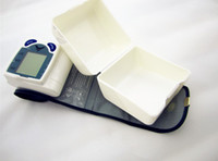 Wholesale 2pcs Portable Home Digital Wrist Blood Pressure Monitor with LCD Display and memories come with retail box