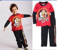 Wholesale 2013 Hot and popular new style cartoon football bear long sleeve t shirt casual pants boys tracksuit Year baby clothes set QS152