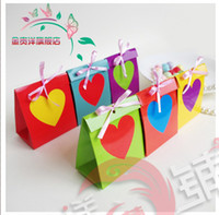 Favor Boxes Yellow Paper Hot Sale 100pcs Europe style creative wedding candy box Personality wedding favor box Rainbow love heart 6 colors can mix Free Shipping