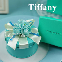 Wholesale Tiffany Blue Tin Plate Candy Boxes Flower With Ribbon Wedding Favor Suqare Boxes Party Gift Boxes Holders a