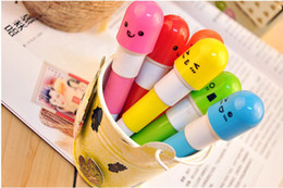 Wholesale NEW Capsule Novelty Pens Smiling Face Tablet Pill Vitamin Lovely Telescopic Stationery Ball Pen