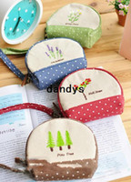 Wholesale Vintage Fresh Garden flower series embroid Fabric coin bag sweet Key bags Novelty items