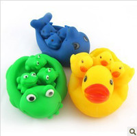 earring Whole Body Bath Mummy & Baby Rubber Race Cute Ducks +Frogs+ Delphinus Family Squeaky Bath Toys For Kids Set New