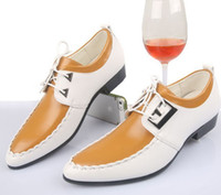 Wholesale hot selling new style popular men s shoes golden and white Business Shoes Dress shoes Prom Shoes