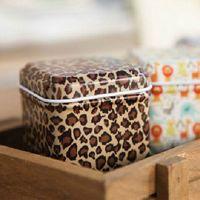 al por mayor el mini lata de té-Moda Leopard patrón Mini Tin Box Té Caddy Candy Toothpick Box Seal Caja de almacenamiento Cuatro cuadro de hierro cuadrado para niños Regalos