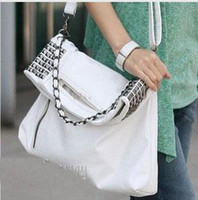 Wholesale Brand New Korean Style Fashion Bag chain rivet punk shoulder bag big bag female pu Leather designer handbag