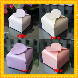 Wholesale 2015 In Stock White Ivory Pink Purple High Quality Fashion Cheap Wedding Bridal Favors Candy Party Boxes Favor New Best Sale