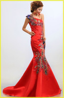 Wholesale Top Fashion Classical Red Chinese Embroidery cheongsam Dragon Phoenix One shoulder Mermaid wedding dress Lady party Long Prom evening Gown