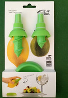 Wholesale sets BPA Creative Home Gifts Fruit Spray Tool Juice Juicer Lemon Sprayer Fruit Squeezer Kitchen Tools