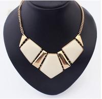 Wholesale Womens Big Acrylic Gemstone Necklaces Resin Statement False Collar Necklace Jewelry Fashion