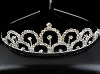 Wholesale Crown tiaras Christmas high quality silver plated and artificial diamond birthday wedding pageant tiara lightning shipping