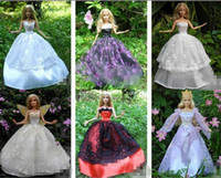 Wholesale 60 Items Dresses Shoes Hangers Handmade Gown Dress Clothing Doll Accessaires Shoes Luxury Party Dresses For quot Barbie Doll