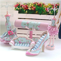 Wholesale Mannequin Pastoral Style Jewelry Set Jewelry Display Stand Sofa Ring Holder High heeled Shoes