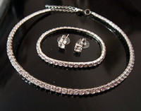Wholesale Sparkly Bridal Rhinestone Crystal Jewelry Set Silver Crystal Choker Necklace with Elastic Bracelet and Stud Crystal Earrings