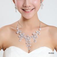 Дешевые 2015 довольно цветок горный хрусталь выпускной вечер коктейль Homecoming свадьбу Свадебные аксессуары ожерелье серьги ювелирные наборы 15030