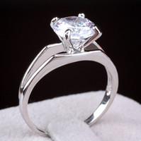 Wholesale High Quality and Gorgeous Solitaire Round Cut CZ Diamond White Gold Plated Ring