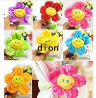 Wholesale Cute Creaive Sunflower Curtain buckle Plush Clips for Home Deco Fashion