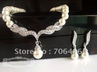 Wholesale SILVER Plated Tear Drop Cream Pearl and Rhinestone Crystal Bridal Necklace and earrings Jewelry Sets