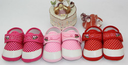 Wholesale 30 off Three color factory outlets dot cotton soft soled shoes shoes shop china shoes kid shoes cheap shoes baby sale pairs ZH