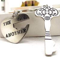 Wholesale Fashion sweet Love shape keychain Valentines Gift Christmas key chain key ring Wedding Keychain gift