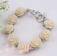 Wholesale Hot sell Stylish Cream Coral Carved Cute Flower Bracelet