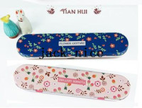 Metal Pencil Case Schools & Offices New fashion ribbon flowers designs Tin Pencil case Pen box Free Shipping