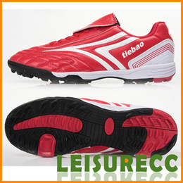 Wholesale Outdoor Soccer Shoes Pair PVC Rubber Men Size Color Falcon Broken Nails Free Shiping Sport Equipment